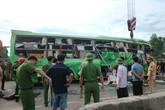 Vụ xe khách lao xuống sông ở Thanh Hóa: 1 người tử vong, 8 người bị thương