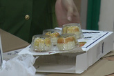 Hà Nội: Bắt giữ hàng nghìn chiếc bánh trung thu trứng chảy Trung Quốc không rõ nguồn gốc