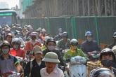Chục nghìn người nhúc nhích ở đường Trường Chinh vì xe tải hỏng