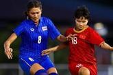 Ngô Thanh Vân và dàn sao cổ vũ bóng đá nữ Việt Nam gặp Thái Lan