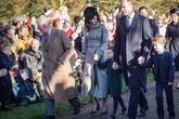 Trong khi chị dâu Kate rạng rỡ dự Giáng sinh cùng gia đình nhà chồng, Meghan Markle lại lặng lẽ như thế này đây