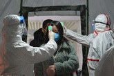 Phát hiện mới: Thời gian ủ bệnh viêm phổi Vũ Hán chỉ khoảng 5 ngày, cứ 1 người nhiễm bệnh sẽ lây cho hơn 2 người khác