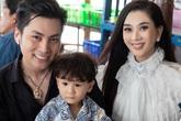 Vợ chồng Lâm Khánh Chi mừng sinh nhật con trai