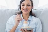 """Là phụ nữ thì đừng quên ăn 12 loại thực phẩm này ít nhất 1 lần mỗi tuần, tác dụng """"thần kỳ"""" của chúng khiến ai cũng bất ngờ"""