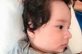 Á hậu Hoàng Oanh khoe cận mặt con trai, từ lông mày cho tới sống mũi cao giống hệt bố ngoại quốc
