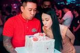 Hương Baby làm sinh nhật sớm cho Tuấn Hưng