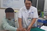 Chuyển ngón chân làm... ngón tay cho nam thanh niêm 17 tuổi