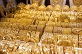 Giá vàng hôm nay 30/10: Tiếp tục giảm mạnh