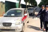 Đội trưởng bảo vệ cùng 'đồng nghiệp' xịt sơn làm bẩn xe ô tô vì khách không gửi xe trong chung cư