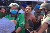 Bắt đối tượng tẩm xăng vào người xông vào cướp ngân hàng ở Sài Gòn