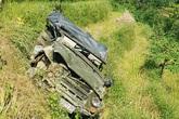 Vụ xe U oát lao xuống vực sâu khiến 7 người thương vong: Đình chỉ một đăng kiểm viên