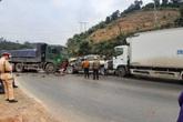 Tai nạn liên hoàn trên quốc lộ 6, nhiều phương tiện hư hỏng nặng
