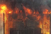Hà Nội: Cháy hệ thống điều hòa chung cư, hàng trăm người hoảng loạn bỏ chạy