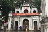 Hà Nội: Văn Miếu, Hoàng Thành và nhiều đền chùa đồng loạt treo thông báo đóng cửa để phòng virus corona