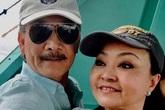 Hương Lan dùng từ điển nói chuyện với con dâu Mỹ