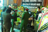 Lãnh đạo tỉnh Nghệ An đến chia buồn với gia đình Đại úy công an hi sinh khi vây bắt tội phạm ma túy