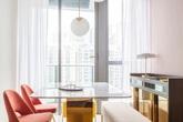"""KTS """"lột xác"""" cho căn hộ 46m² với bảng màu sáng để làm cho các phòng có vẻ lớn hơn"""