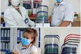 Bác sĩ bệnh viện Chợ Rẫy hướng dẫn làm tấm chắn che giọt bắn tặng đồng nghiệp phòng chống COVID-19