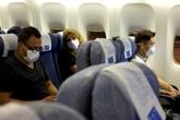 Cách để an toàn khi đi máy bay giữa mùa dịch COVID-19