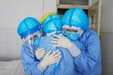 Bác gái bệnh nhân 17 nguy kịch ra sao sau 10 ngày sốc tim, ngừng tuần hoàn?
