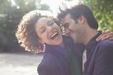 Hôn nhân của bạn sẽ luôn hạnh phúc nếu bạn giữ được 9 thói quen nghe thì đơn giản nhưng thực hiện không hề dễ dàng sau