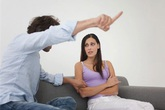 Đối xử với vợ như một công cụ tình dục và cái kết của gã giám đốc
