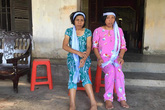 Hà Tĩnh: Bố mẹ mất, hai người con tật nguyền bơ vơ không nơi nương tựa