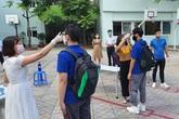 Đo thân nhiệt đầu mỗi buổi học, bắt buộc đeo khẩu trang ngoài lớp học và khuyến khích học sinh đeo khẩu trang trong lớp học