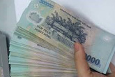 Chồng đòi ly hôn vì vợ dám nhắn tin đòi tiền mẹ chồng vay trước khi cưới