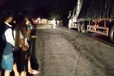 Quảng Trị: Nhảy khỏi xe container, tài xế va vào đá tử vong