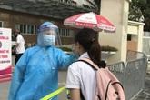 Hình ảnh kiểm soát nghiêm ngặt Bệnh viện E sau ca bệnh thứ 12 ở Hà Nội
