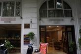 Ông chủ khách sạn Hà Nội bán chuối, chạy xe ôm trả tiền lương cho nhân viên