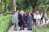 Tổng Bí thư, Chủ tịch nước dâng hương tưởng nhớ Chủ tịch Hồ Chí Minh