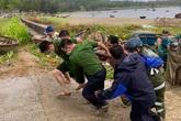 Đà Nẵng đồng ý cho học sinh nghỉ học 2 ngày chống bão số 5
