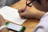 Học sinh trung học sử dụng điện thoại trong giờ học để làm gì?