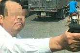 Truy tố giám đốc rút súng doạ tài xế xe tải sau va chạm giao thông