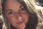 """10 năm sau khi nhập viện vì nhuộm tóc, cô gái ân hận cả đời vì cuộc sống """"địa ngục"""""""
