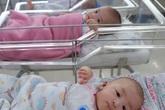 Xót xa cảnh 3 bé gái sinh xong gia đình không đón về, phải chuyển vào viện mồ côi ngày cuối năm