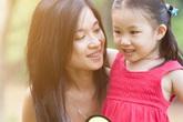 6 câu bố mẹ không nên nói với con gái, tránh sau này con lớn lên nhút nhát và thua kém bạn bè