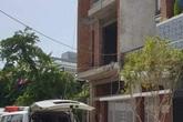 Sập giàn giáo công trình nhà ở, 4 người bị thương