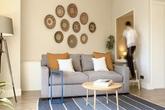 """Căn hộ 45m² """"lột xác"""" đẹp tinh tế và hiện đại nhờ cặp vợ chồng yêu thích trang trí nhà cửa"""