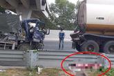 Tai nạn thương tâm: Tài xế ô tô tải tử vong sau cú đâm vào đuôi xe bồn chở xăng