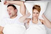 8 cách loại bỏ chứng ngủ ngáy của chồng để mang lại giấc ngủ bình yên