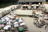 Xử lý nghiêm gần 100 ô tô tải hàng lậu không người đến nhận