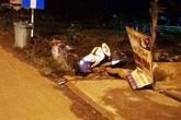 Người đàn ông chết cạnh xe máy bên lề đường lúc rạng sáng