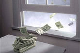 """9 thói quen khiến bạn """"vứt tiền qua cửa sổ"""" mà không hề nhận ra cho đến khi rỗng ví"""