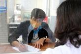 Hà Nội: Trước ngày trở lại làm việc chính thức, người đến từ Hải Dương lần lượt đi khai báo y tế, lấy mẫu xét nghiệm SARS-CoV-2