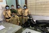 CSGT phát hiện, bắt giữ thanh niên say sỉn, nghi tàng trữ trái phép chất ma túy