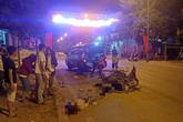 Hòa Bình: 2 xe máy đối đầu trong đêm khiến 2 người tử vong
