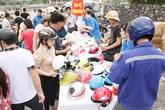 Người dân Quảng Ninh háo hức đi đổi MBH có trợ giá